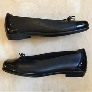 SAS Women's Black Bow Coco Slip On Loafer SZ-8M